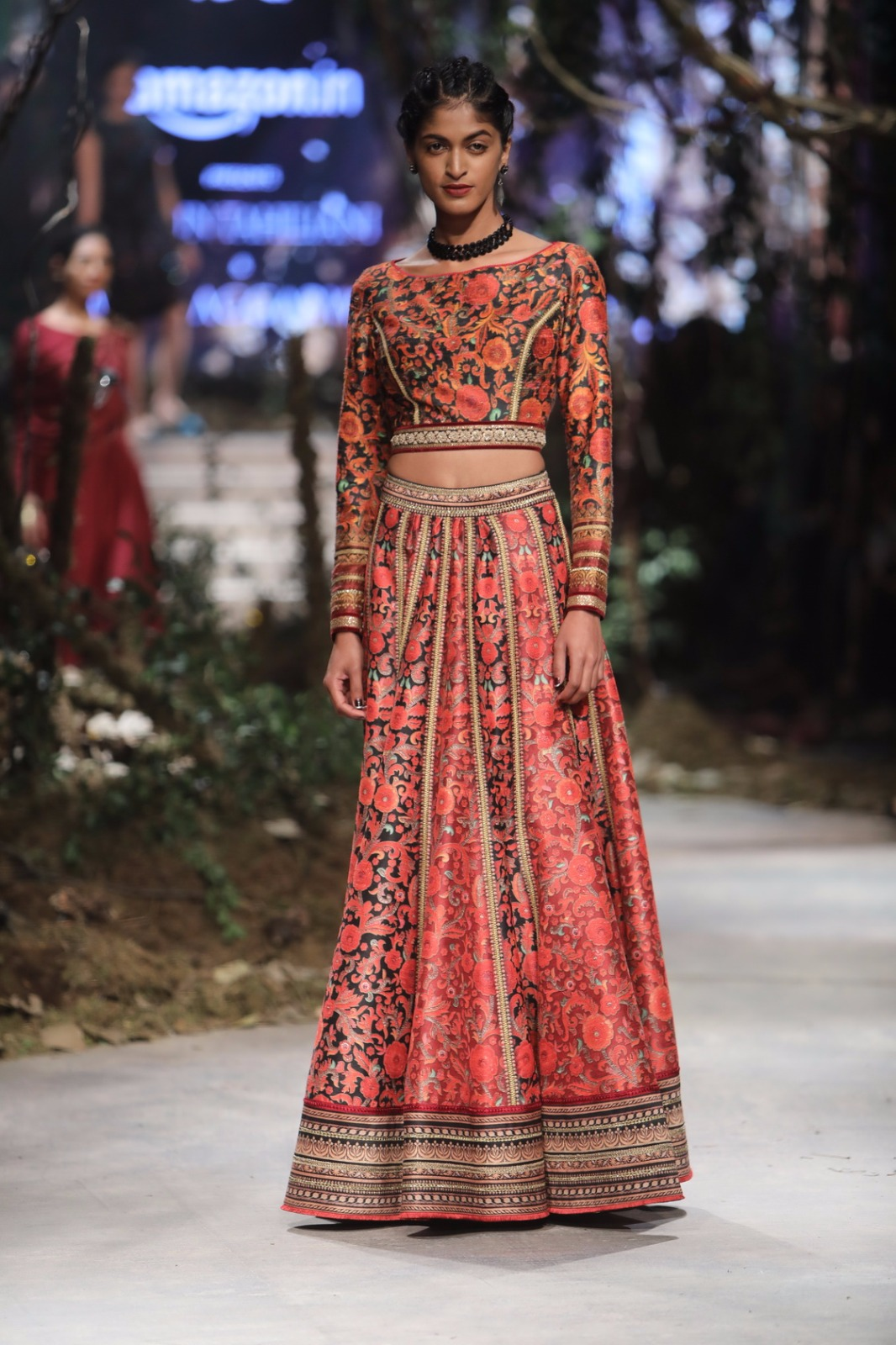 http://www.talksassy.com/wp-content/uploads/2017/03/Amazon-India-Fashion-Week-Autumn-Winter-2017-2.jpg