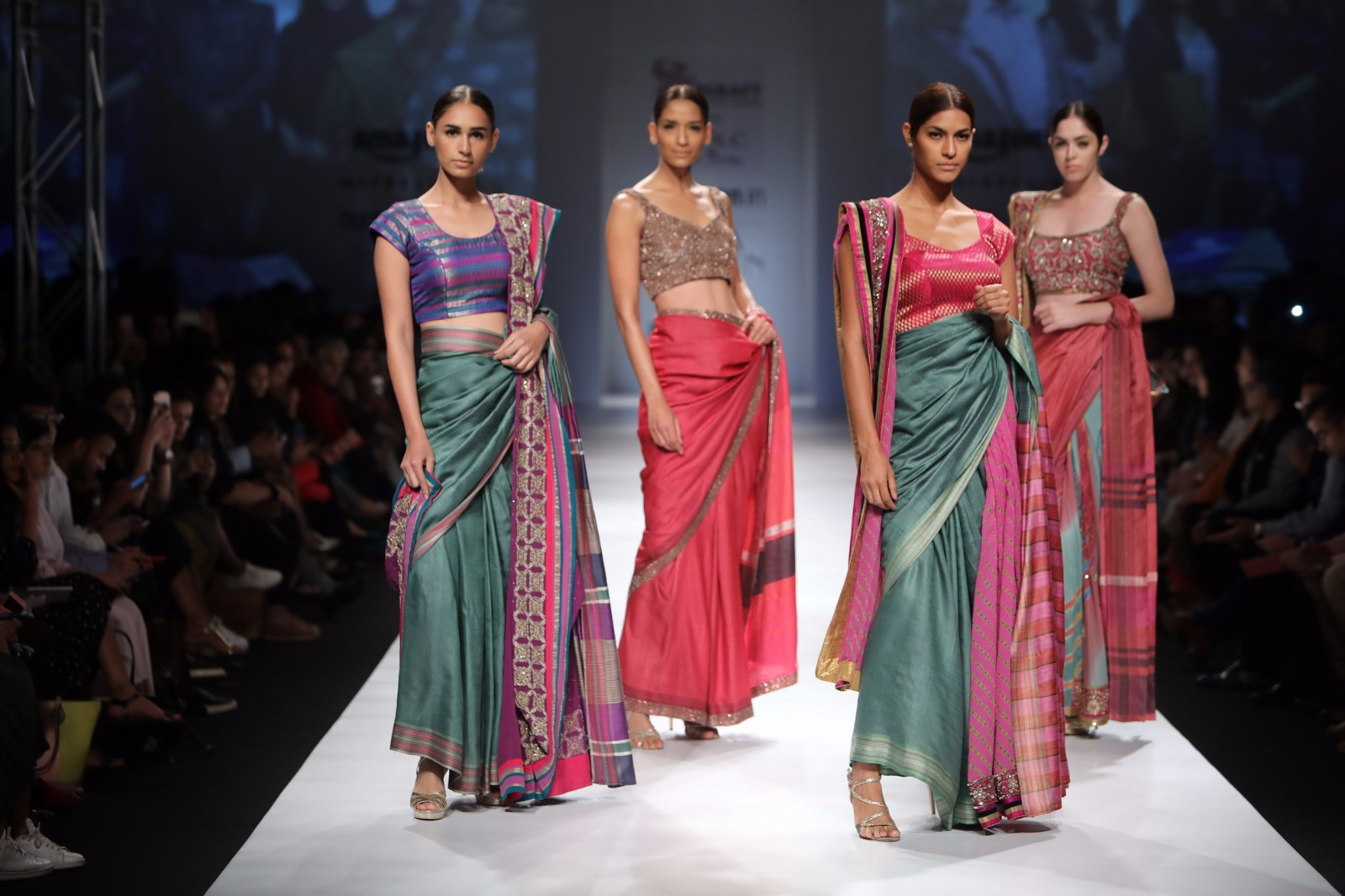 http://www.talksassy.com/wp-content/uploads/2017/03/Amazon-India-Fashion-Week-Autumn-Winter-2017-9.jpg