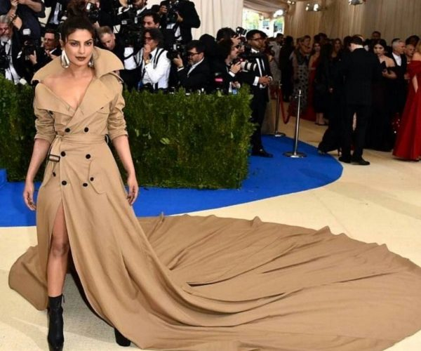 How To Wear Long Train Dress Priyanka Chopra Inspired Look Book