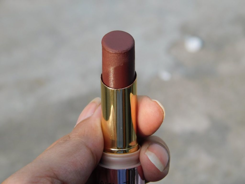 LAKME 9 TO 5 PRIMER + MATTE CABERNET CATEGORY